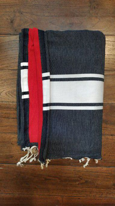 Fouta Double sided (frotté) with Velcro Pocket - Black White stripe - Red inside - 2x1m